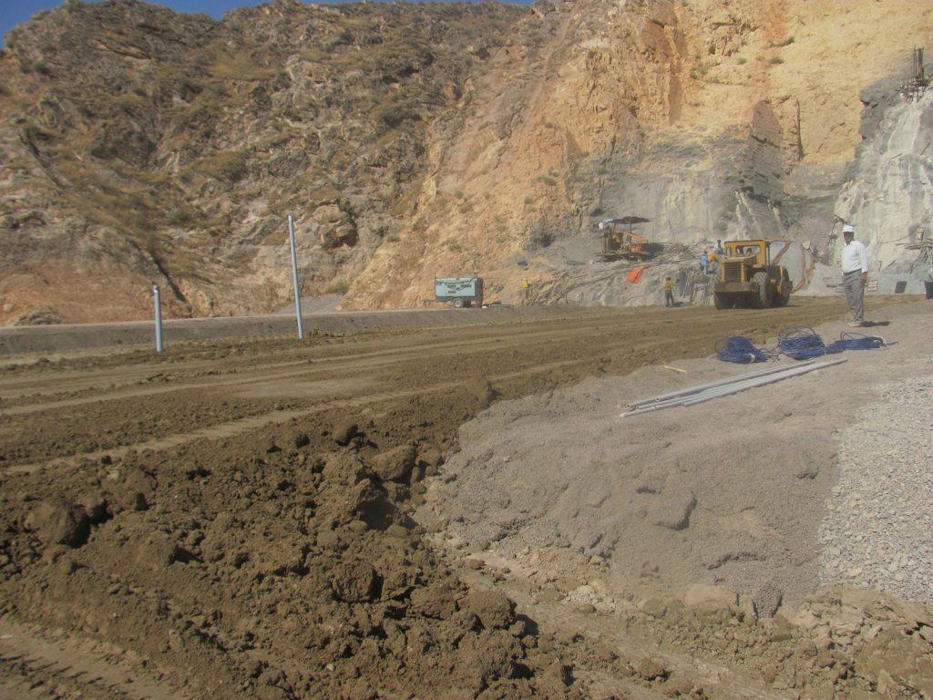 برای اولین بار نصب پیزومتر الکتریکی در گمانه تمام تزریقی در هسته سد خاکی در ایران